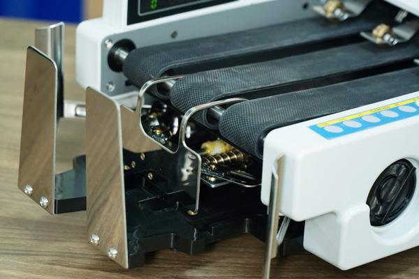 may-dem-tien-silicon-mc-8800-6.jpg